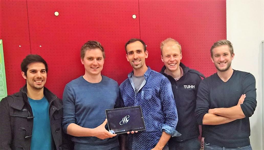 Jakob, Bernhard, Robert Philipp und Martin als Gründerteam für SwimChallenge